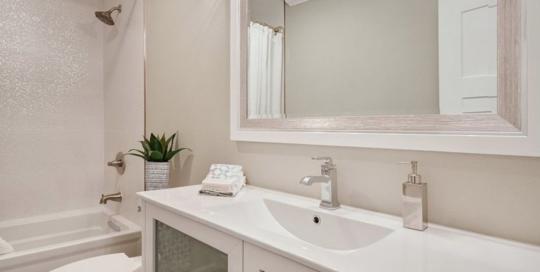 walnut-creek-bathroom-remodel-cabinetry